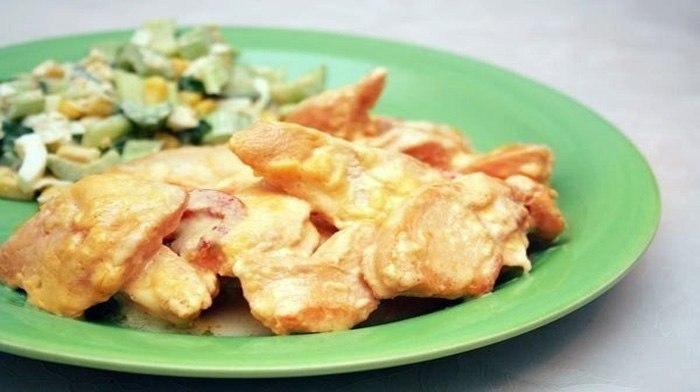 Куриное филе, запеченное под сыром