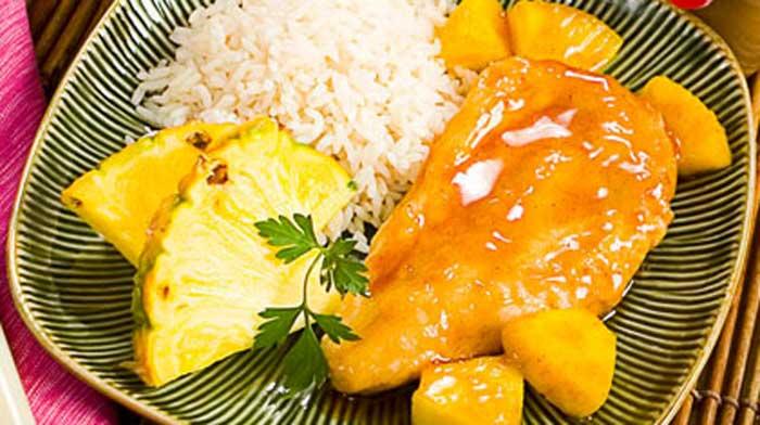 Жареная курица по-гавайски