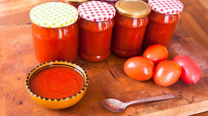 Очень вкусный соус из помидор на зиму