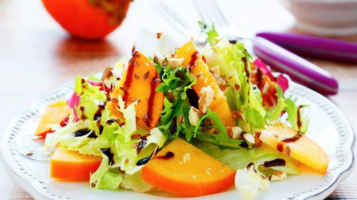 Зимние салаты с хурмой