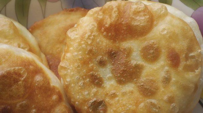 Гибрид пиццы и чебурека. Рецепт, который у меня просят