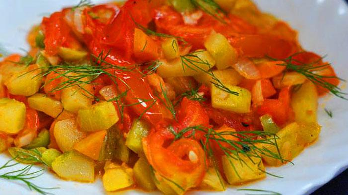 Вкусное овощное рагу с красным вином