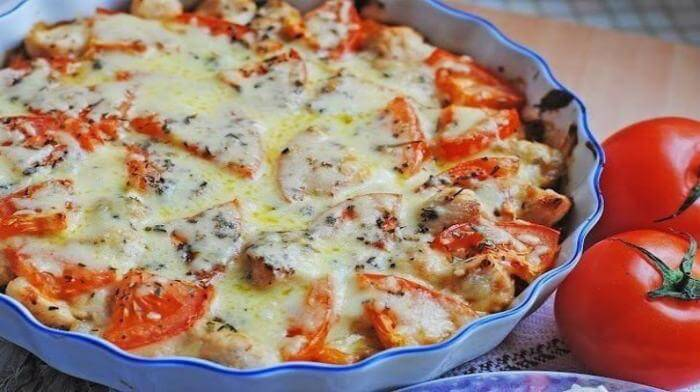 Запеканка из куриного филе с овощами и сыром