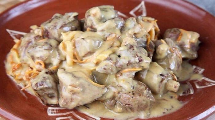 Блюда из печени - Печень в сырном соусе