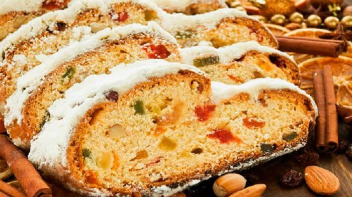 Праздничный кекс с сухофруктами