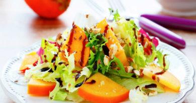 Зимний салат с хурмой
