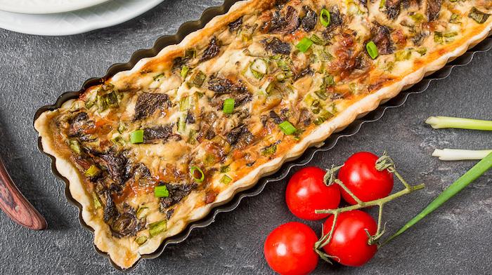 Тарт с грибами и сыром